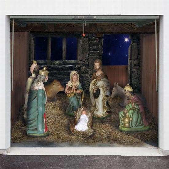 Απίστευτες Χριστουγεννιάτικες διακοσμήσεις σε γκαραζόπορτες (3)