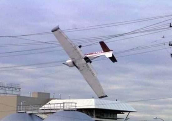 Αποτυχημένες απόπειρες προσγείωσης (2)
