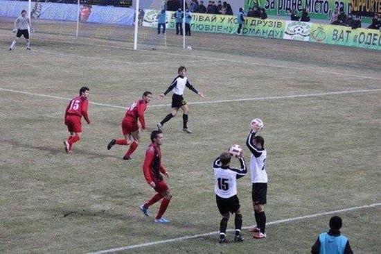 Αστείες ποδοσφαιρικές στιγμές (7)