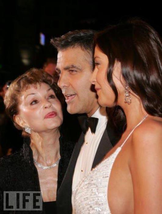Celebrities με τις μαμάδες τους (3)