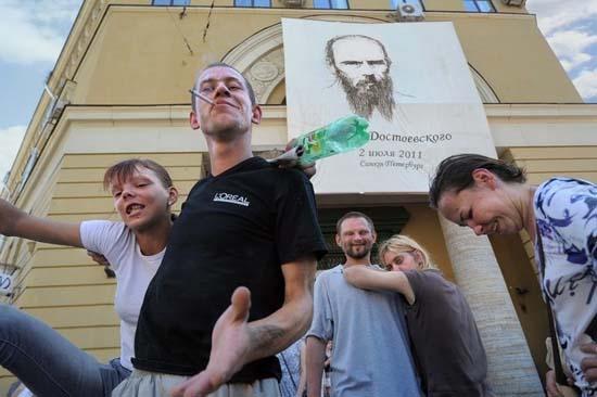 Εν τω μεταξύ, στη Ρωσία... (23)