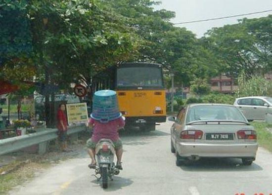 Εν τω μεταξύ στην Μαλαισία (9)