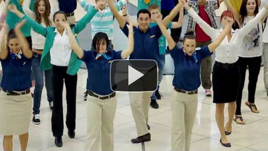 Εντυπωσιακό flash mob στο αεροδρόμιο του Dubai