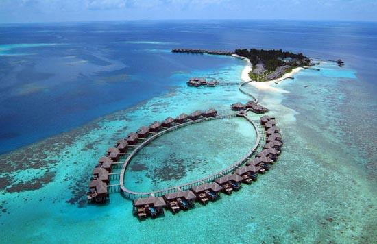 Εντυπωσιακό θέρετρο στις Μαλδίβες (2)