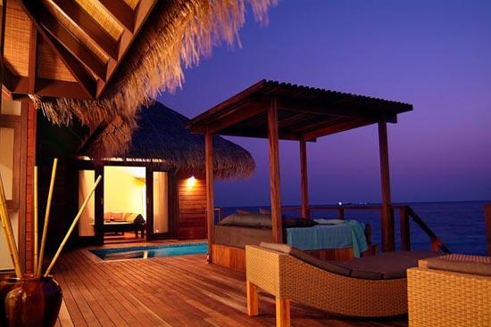 Εντυπωσιακό θέρετρο στις Μαλδίβες (11)
