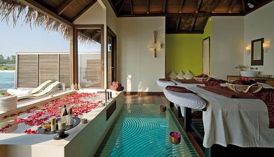 Εντυπωσιακό θέρετρο στις Μαλδίβες (15)
