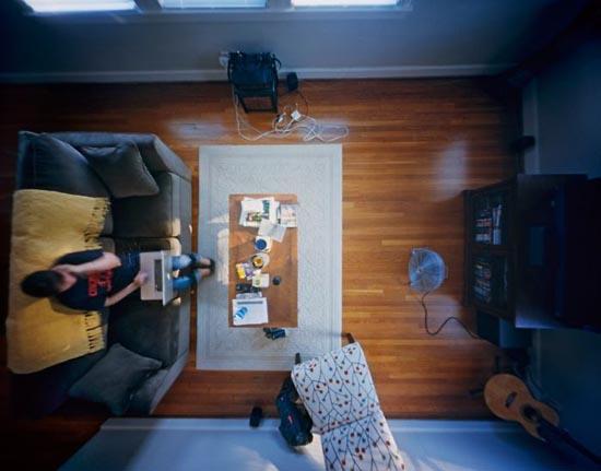 House Watch: Ο κόσμος από το ταβάνι (1)