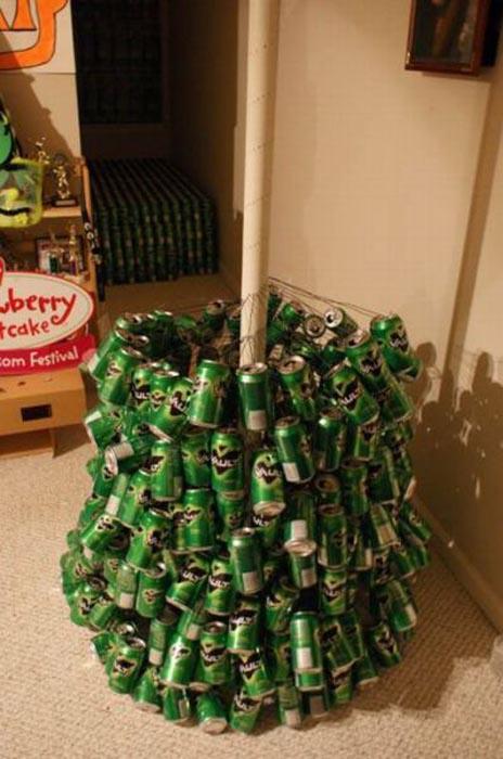 Πως να φτιάξετε ένα... «ξεχωριστό» χριστουγεννιάτικο δέντρο (6)