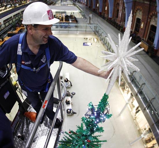 Το μεγαλύτερο χριστουγεννιάτικο δέντρο από Lego στον κόσμο (3)