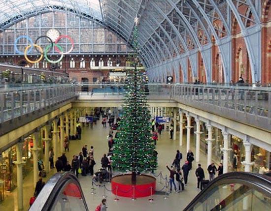 Το μεγαλύτερο χριστουγεννιάτικο δέντρο από Lego στον κόσμο (4)