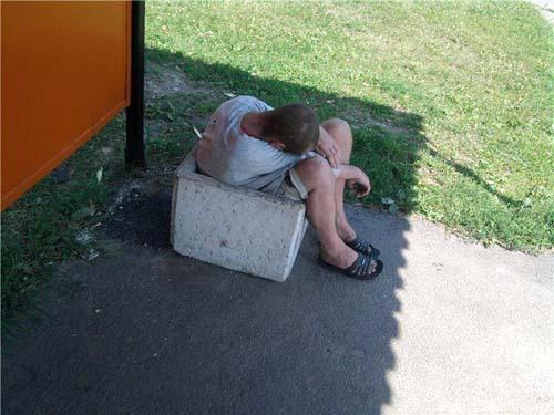 Μεθυσμένοι σε αστείες φωτογραφίες (17)