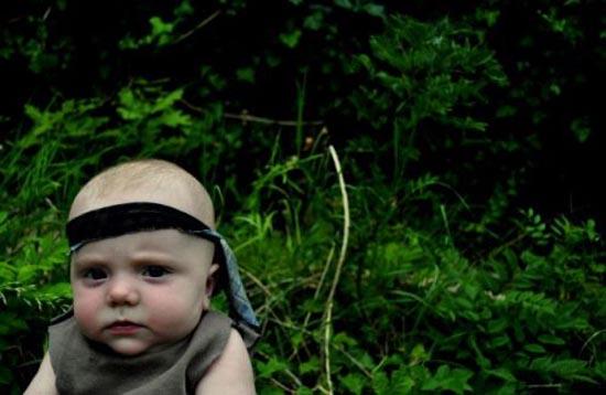 Μωρό κάνει αναπαράσταση διάσημων ταινιών (1)