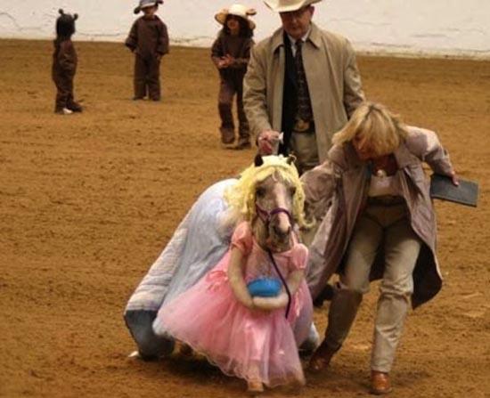 Τα πιο δυστυχισμένα άλογα του κόσμου (3)