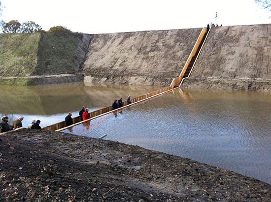 Πρωτότυπη πεζογέφυρα (6)