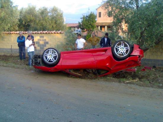 Πως να διαλύσετε μια Ferrari (3)
