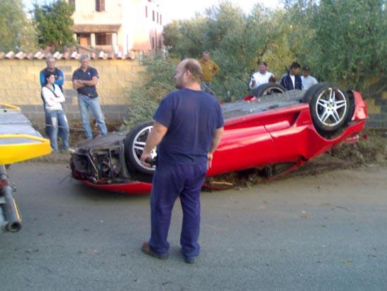 Πως να διαλύσετε μια Ferrari (4)