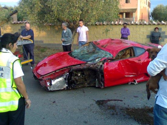 Πως να διαλύσετε μια Ferrari (6)
