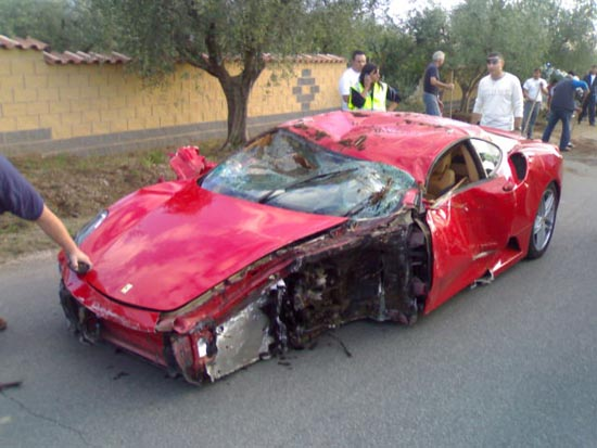Πως να διαλύσετε μια Ferrari (9)