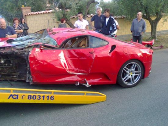 Πως να διαλύσετε μια Ferrari (12)