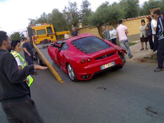 Πως να διαλύσετε μια Ferrari (13)
