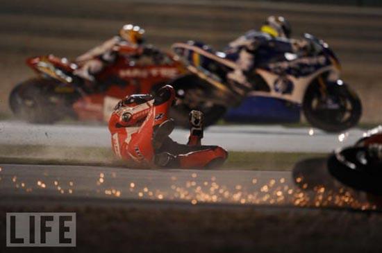Τρομακτικά ατυχήματα σε αγώνες μοτοσυκλέτας (5)
