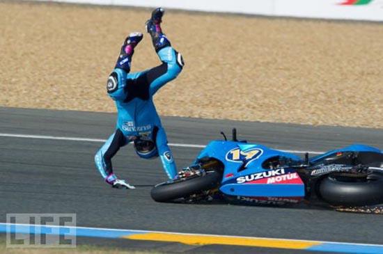 Τρομακτικά ατυχήματα σε αγώνες μοτοσυκλέτας (4)