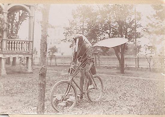 Ανεξήγητες ασπρόμαυρες φωτογραφίες (9)