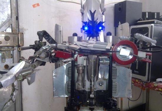 Αυτοσχέδιο Transformer (1)