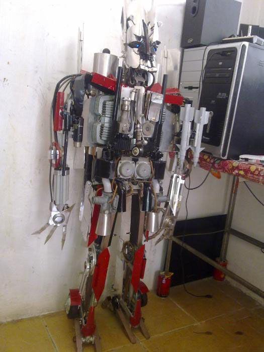 Αυτοσχέδιο Transformer (2)