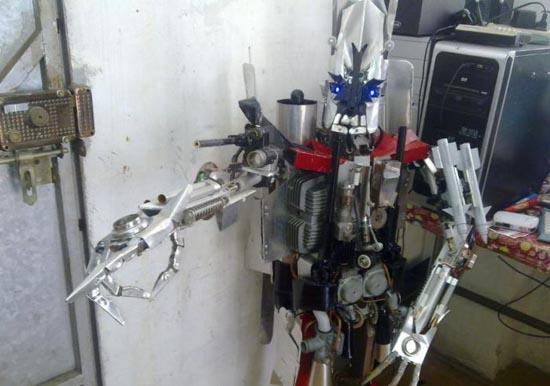 Αυτοσχέδιο Transformer (4)