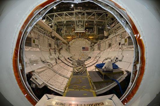 Στο εσωτερικό του διαστημόπλοιου Atlantis (4)