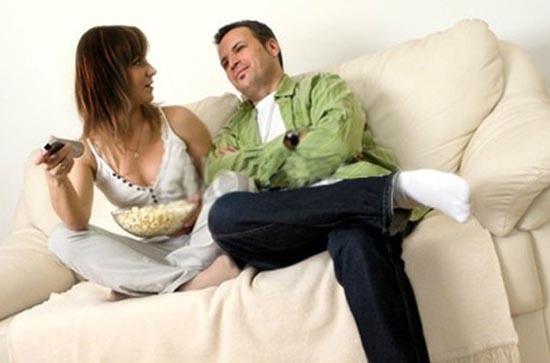 Ο σύζυγος... την πάτησε! (4)