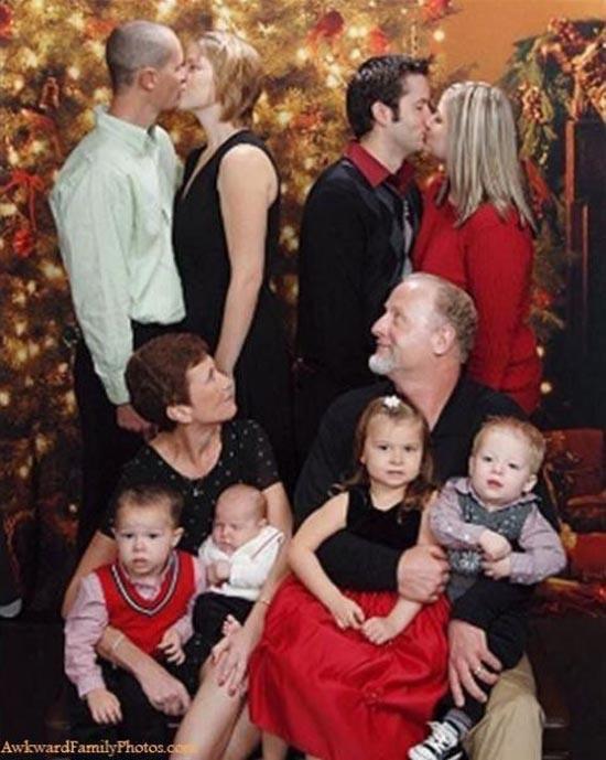 Παράξενες οικογενειακές φωτογραφίες Χριστουγέννων (11)