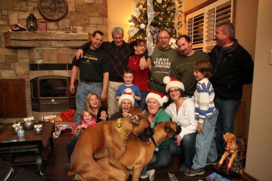 Φωτογραφία της ημέρας: Χριστουγεννιάτικη φωτογραφία με... απρόοπτο