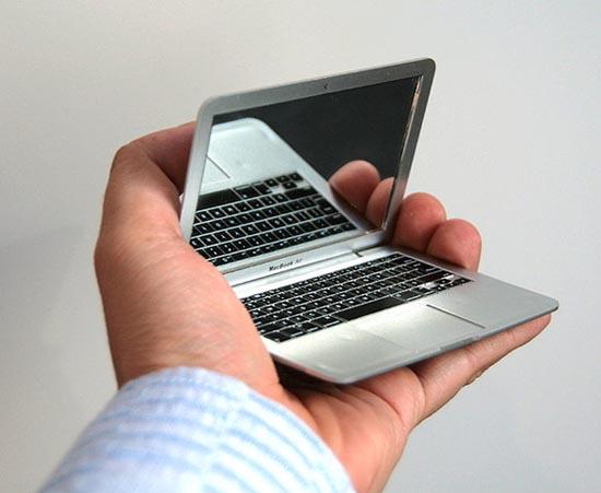 Το πιο μικρό MacBook Air στον κόσμο; (2)