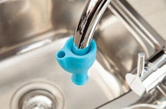 Πρακτικό gadget για την βρύση (1)