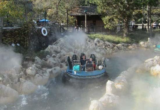 Τρελό ξεφάντωμα στην Disneyland (8)