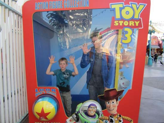 Τρελό ξεφάντωμα στην Disneyland (10)