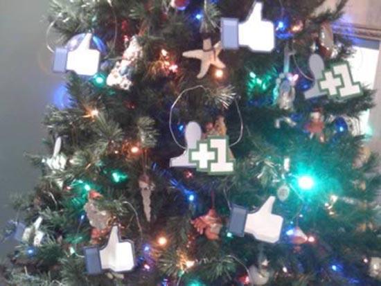 Παράξενα Χριστουγεννιάτικα δέντρα (4)
