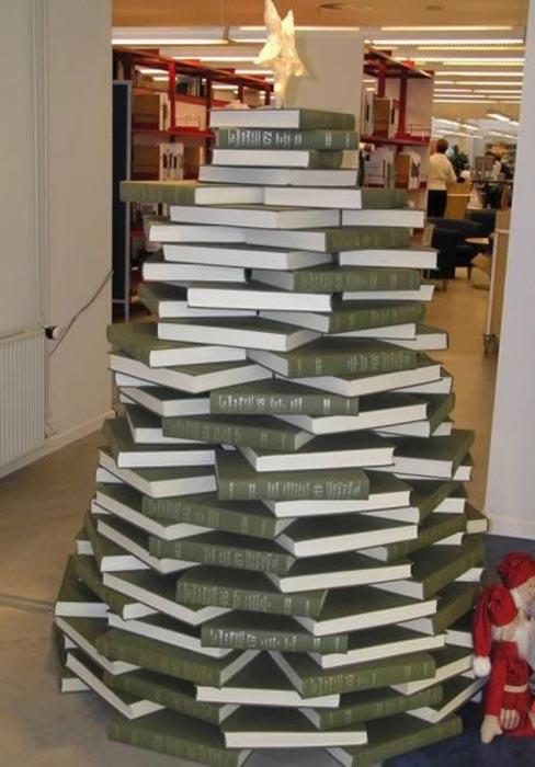 Παράξενα Χριστουγεννιάτικα δέντρα (5)