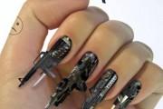 Ασυνήθιστα σχέδια σε νύχια (1)