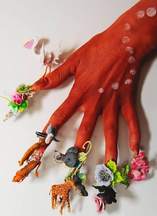 Ασυνήθιστα σχέδια σε νύχια (15)