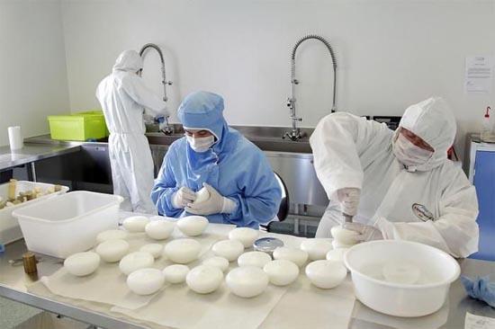 Διαδικασία παραγωγής για εμφυτεύματα στήθους (9)