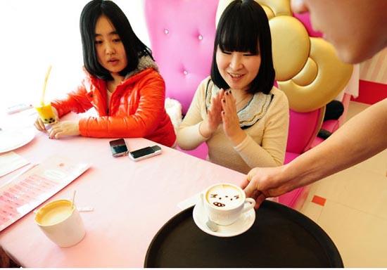 Εστιατόριο Hello Kitty στο Πεκίνο (2)
