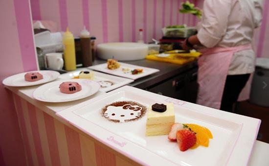 Εστιατόριο Hello Kitty στο Πεκίνο (3)