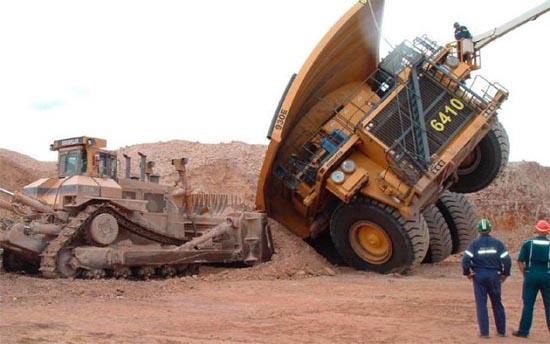 Φορτηγά σκέτη καταστροφή (8)