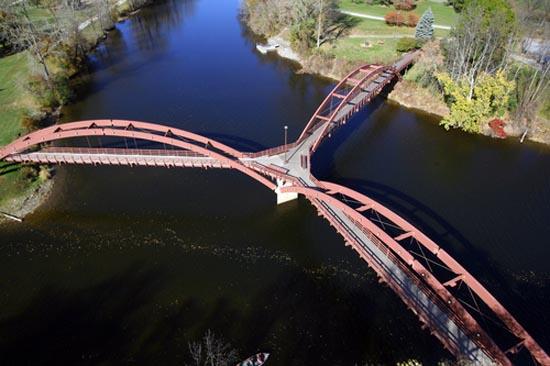 Γέφυρα τριών κατευθύνσεων στο Michigan (1)