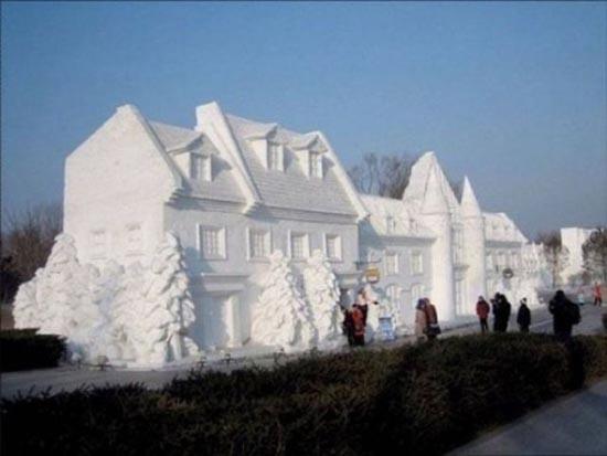 Γλυπτά από χιόνι (2)