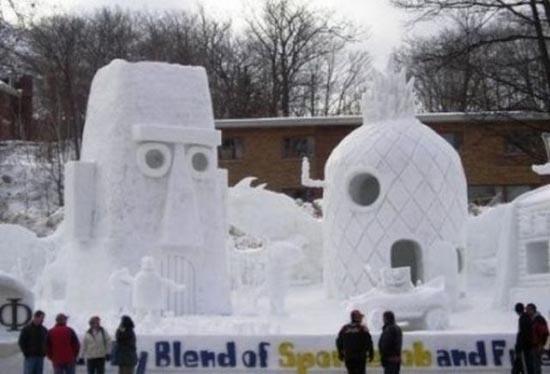 Γλυπτά από χιόνι (4)