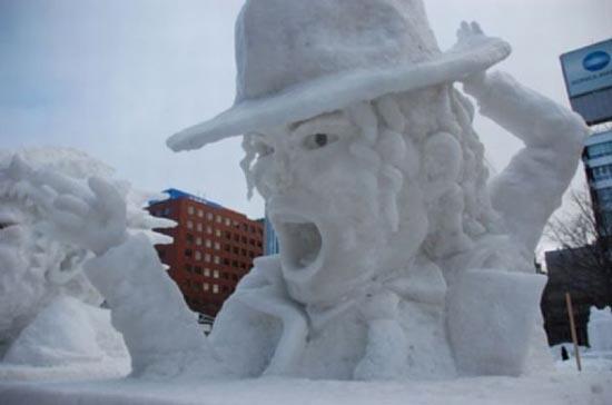 Γλυπτά από χιόνι (15)